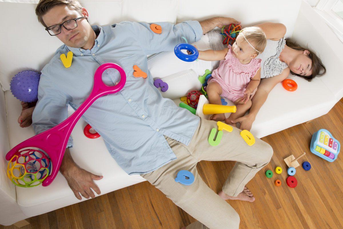Consejos para evitar el dolor de espalda cuando llega un nuevo integrante a la familia | Dolor de espalda y bebé